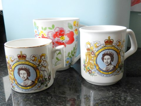 Silver Jubilee Mugs 