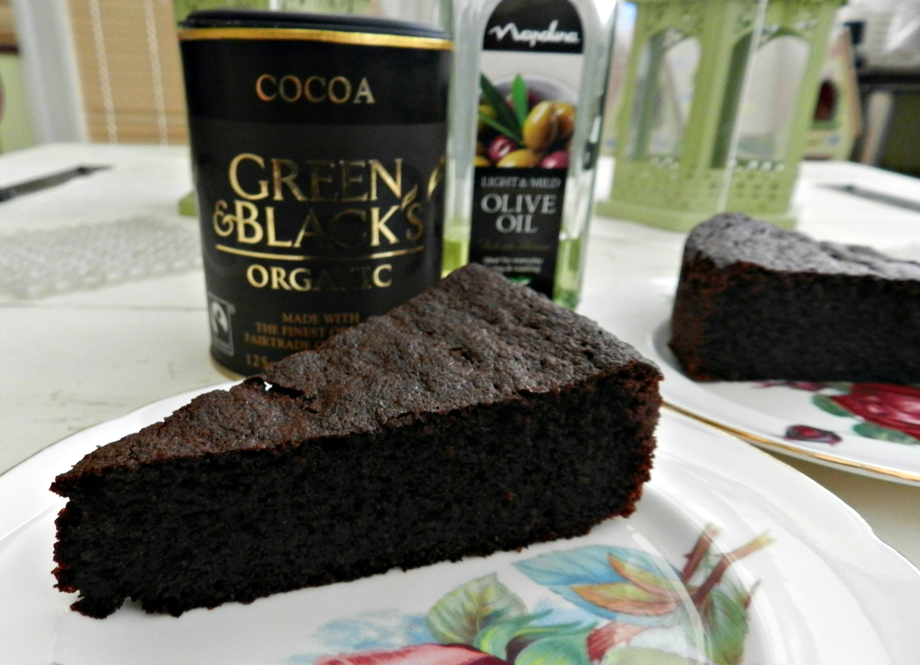 Chocolate olive oil cake - The Ana Mum Diary